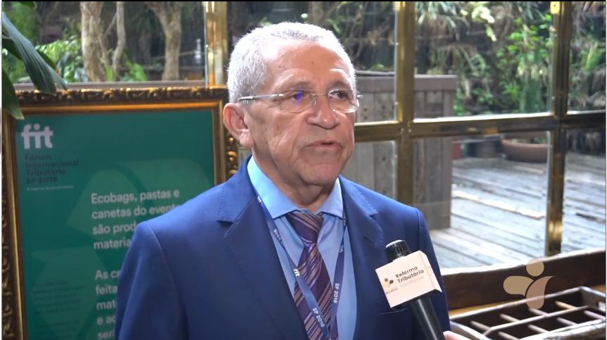 Raymundo Emídio fala sobre a importância do Fórum Internacional Tributário e o apoio do sindicato ao projeto Reforma Tributária Solidária.